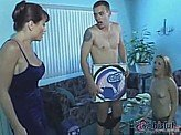 Free Sex Videos 661 :: Babysitter & Pizza boy get caught by mom