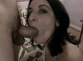 Blow Job Videos 39 :: Brunette puts that cock right in her mouth